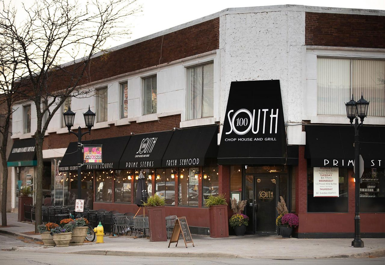 The-Marke-Apartments-Elmhurst-Neighborhood-100-South-Restaurant